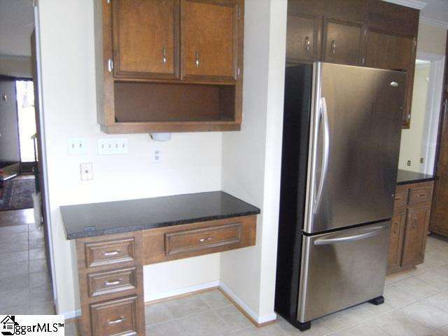 Listing_KitchenFridge